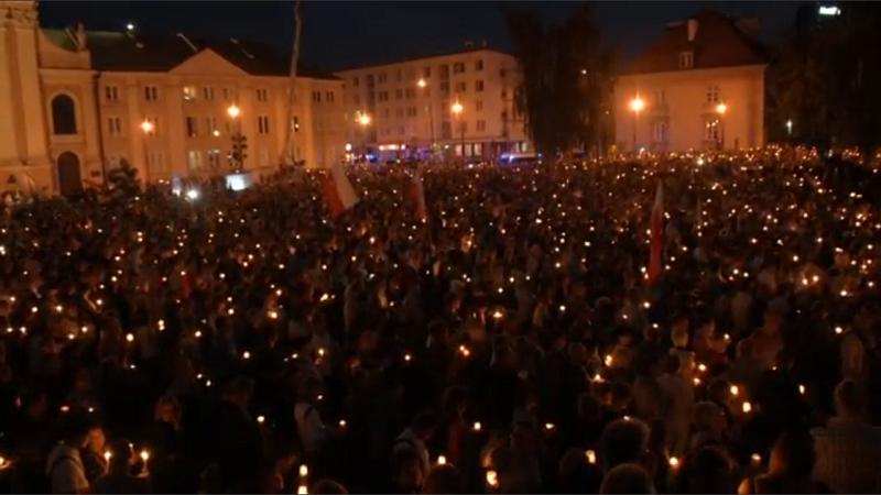 โปแลนด์ต้านกฎหมายปฏิรูประบบยุติธรรม