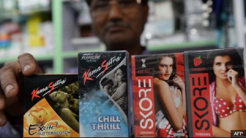 ชาวอินเดียวิจารณ์ รัฐห้ามโฆษณาถุงยางอนามัย
